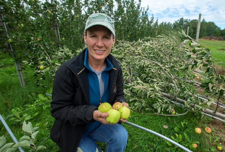 Lisa Jenereaux, International Fruit Tree Association, apple orchard,