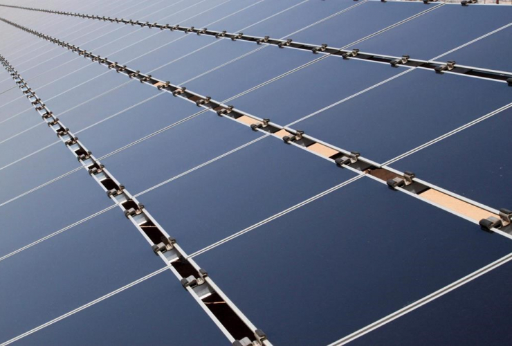 solar panels, Public Service Company of New Mexico, photovoltaic array, Albuquerque,
