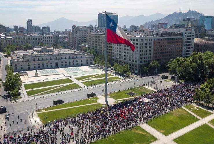 Anti-government demonstrators, La Moneda presidential palace, Santiago, Chile,