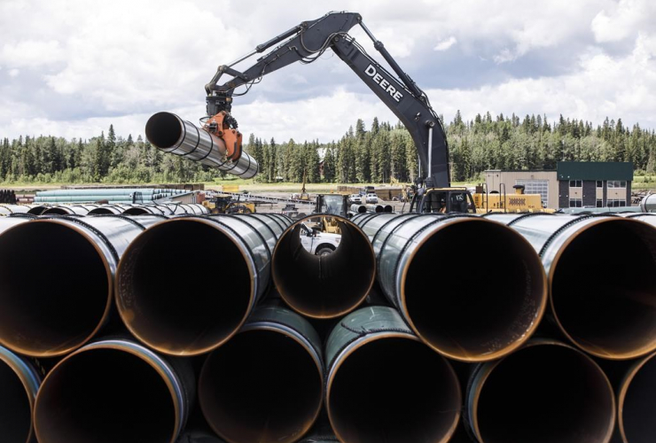 Pipe, Trans Mountain pipeline, Edson,