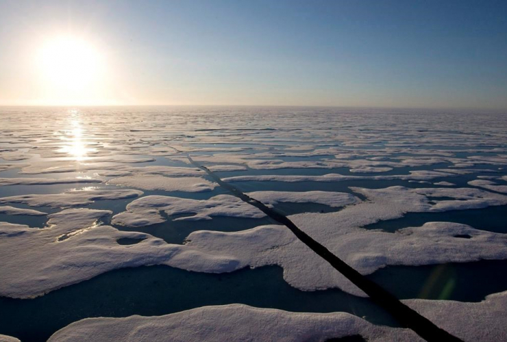 midnight sun, ice covered waters, Resolute bay,