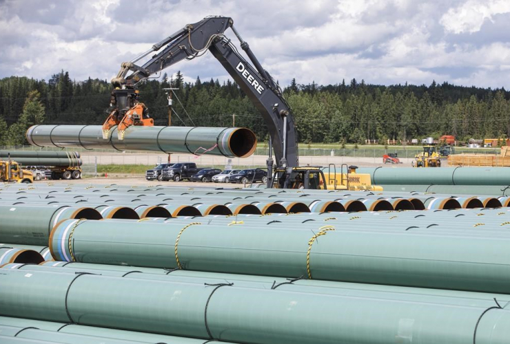 Pipe, Trans Mountain pipeline, Edson, Alta.,