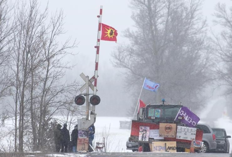 Protesters, train tracks, rail blockade, Tyendinaga Mohawk Territory,