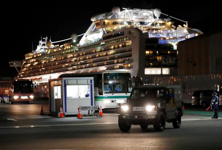 Buses, Israeli passengers, quarantined, Diamond Princess cruise ship,