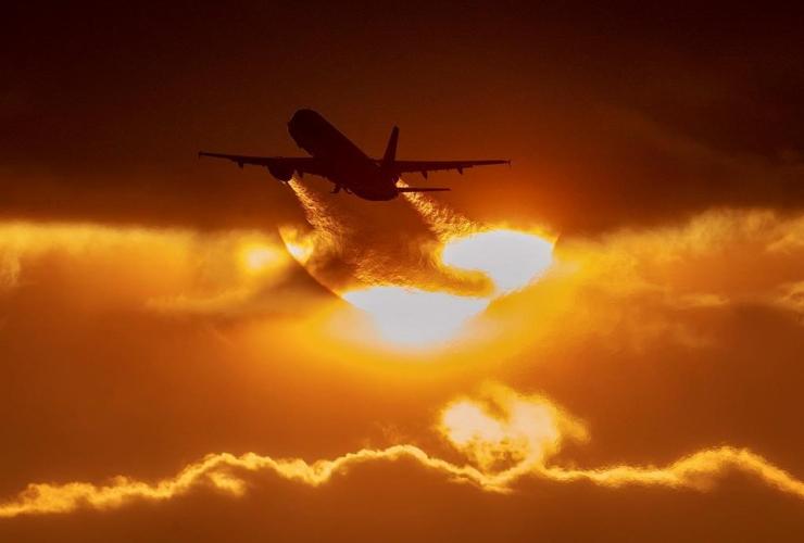 aircraft, takes off, airport, Frankfurt, Germany,