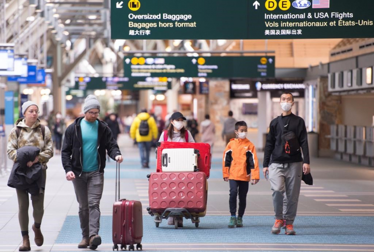 Travellers, Vancouver International Airport, Richmond,