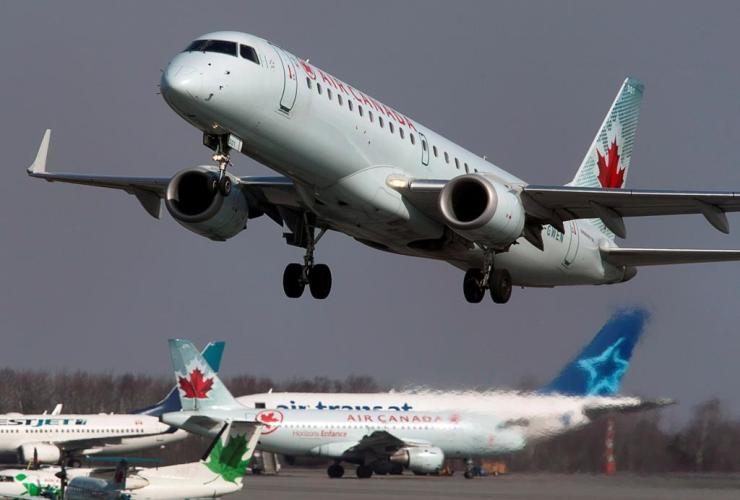 Air Canada jet, Halifax Stanfield International Airport, Enfield,
