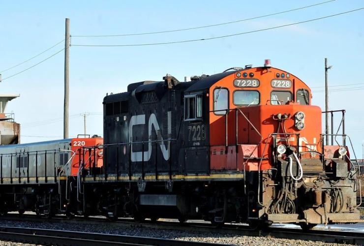 CN locomotive, CN Taschereau yard, Montreal,
