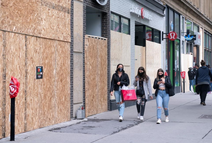 Shoppers, walk, Montreal, Sainte-Catherine street,