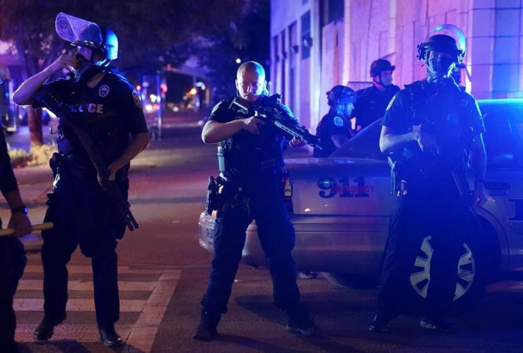 Police, Louisville, Ky.,