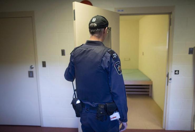 corrections officer, segregation unit, Fraser Valley Institution for Women,