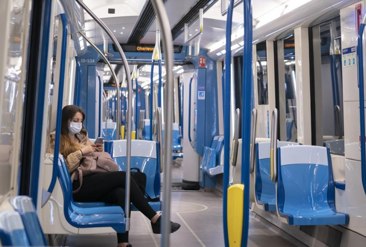subway train,