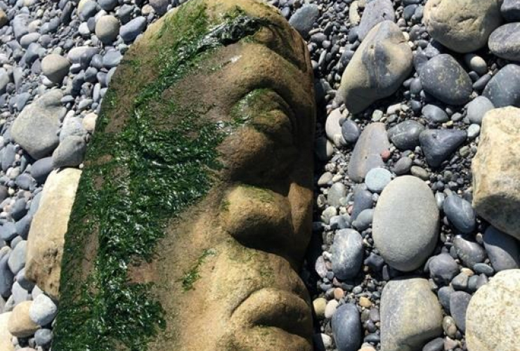 carved stone pillar,