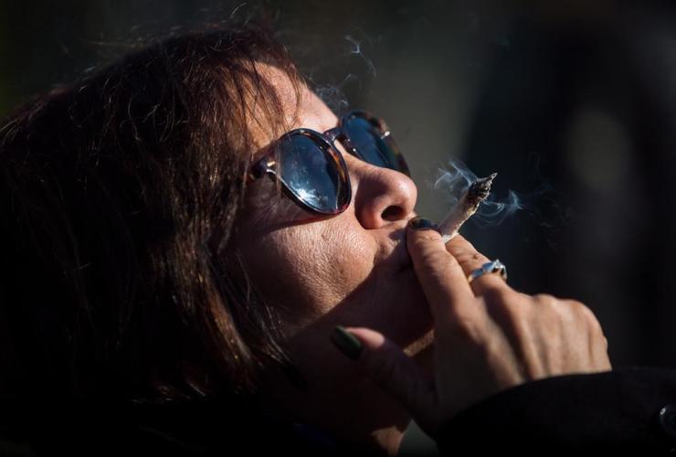Anne Genovy, marijuana,
