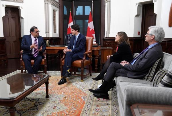 Deputy Prime Minister Chrystia Freeland, Jim Carr, Prime Minister Justin Trudeau, Calgary mayor Naheed Nenshi,