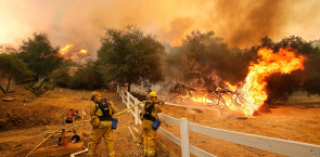 Firefighters, Stockton, Calif., Hidden Valley Rd., wildfire,