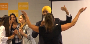 NDP leadership candidate Jagmeet Singh responds to heckler at meet-and-greet